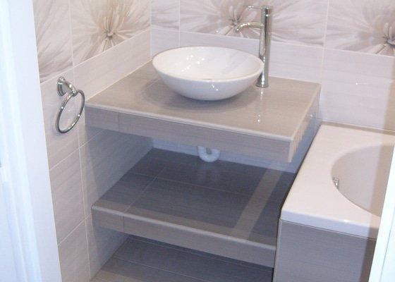 Obložení a vybavení koupelny a wc