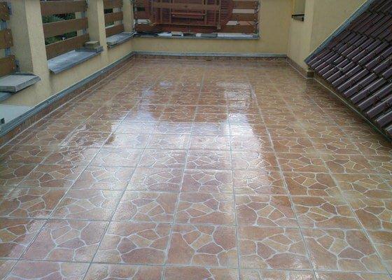 Opravu - rekonstrukci terasy