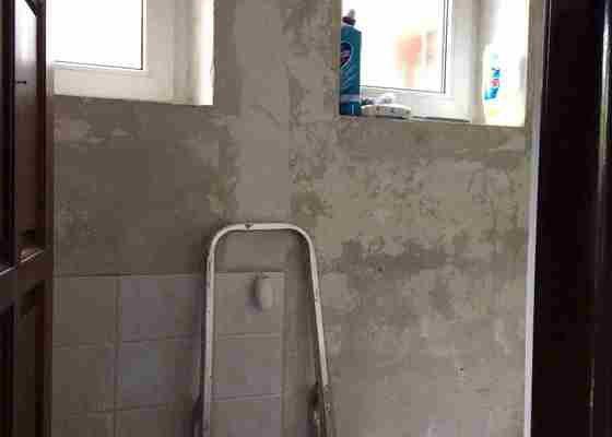 Malířské práce (1x pokoj, 2xschodiště, 2x WC, 2xhala, 1xveranda cca 250m2)