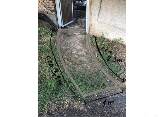 Vydláždění chodníku (žulové kostky) - cca 2,7m2