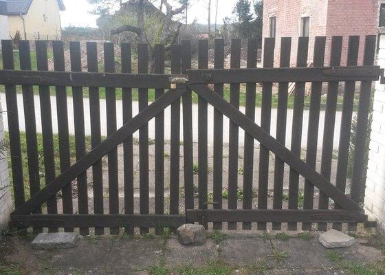 Křídlová brána a branka