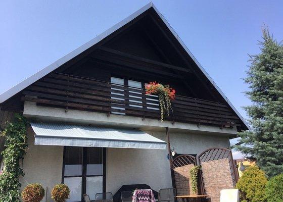 Nátěr dřevěného obkladu fasády