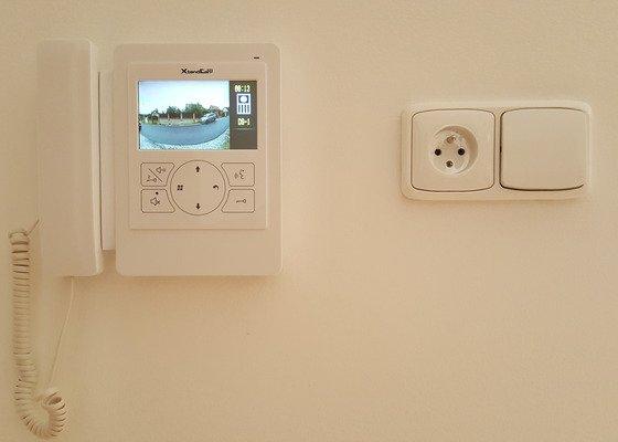 Montáž systému domovních videotelefonů