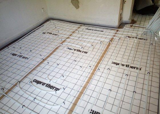 Položení podlahového vytápění