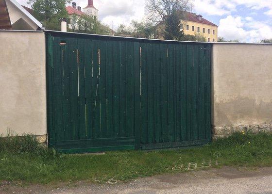 Nová vrata k chalupě - 4x3 m