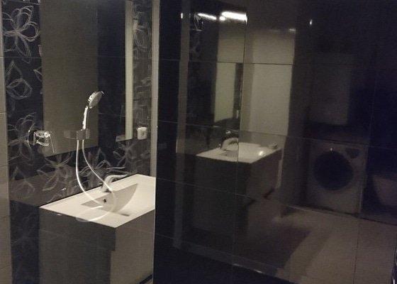 Výměna ocelové vany za sprchový bezbariérový kout