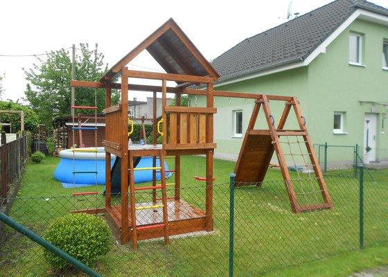 Výroba dětského hřiště