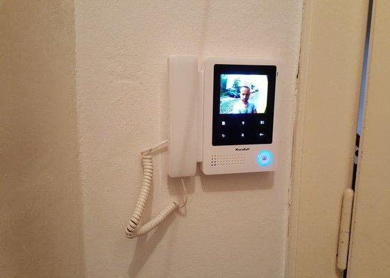 Montáž systému domovních videotelefonů a Full HD kamery