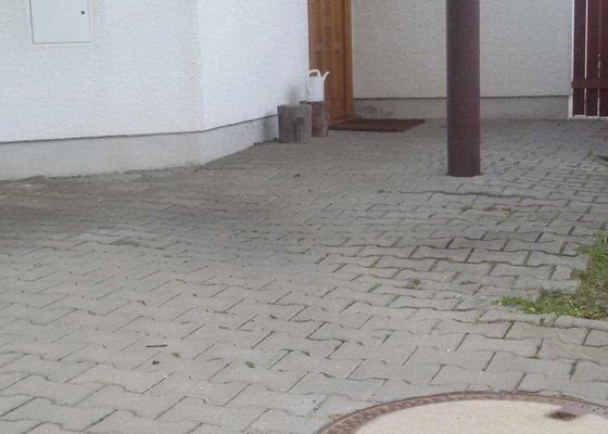 Pokládka zámkové dlažby