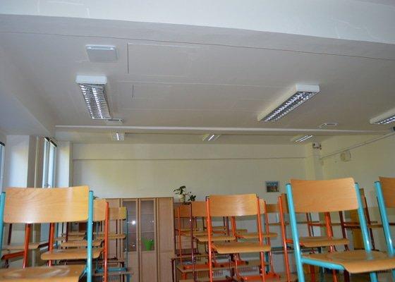 Akustický sádrokarton v prostorách základní školy