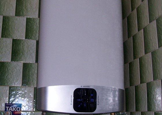 Demontáž karmy a montáž elektrického průtokového ohřívače