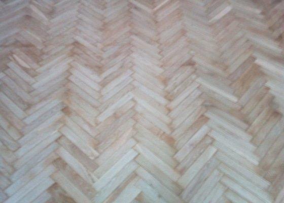 Renovace parketové podlahy 18 m2