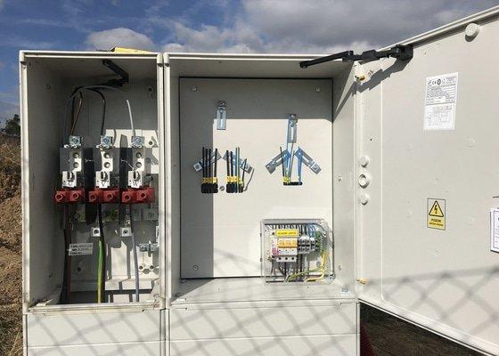 Dodávka, zapojení a revize elektroměrového rozváděče (Podolí u Brna)