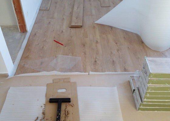 Přeložení laminátové podlahy