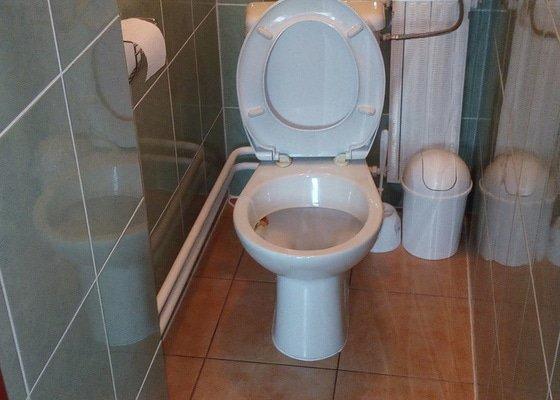 Kompletní rekonstrukce koupelny, chodby, záchodu