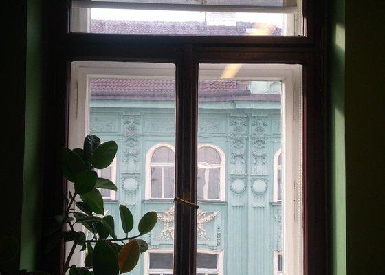 Jednorázový úklid kanceláří (mytí oken, čištění koberců)