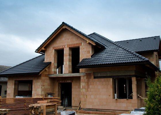 Střecha, žlaby, svody