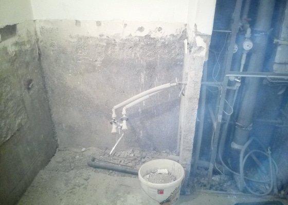 Odpad a rozvod vody v koupelně