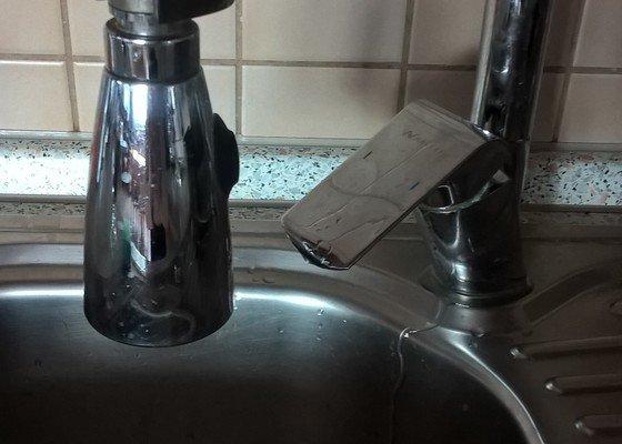 Poptávka na Instalatéra - výměna vodní baterie