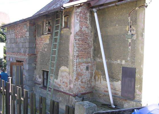 Rekonstrukce strechy + nasledna rekonstrukce fasady