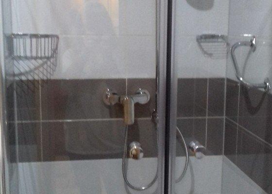 Rekonstrukce panelového bytového jádra,koupelna+WC