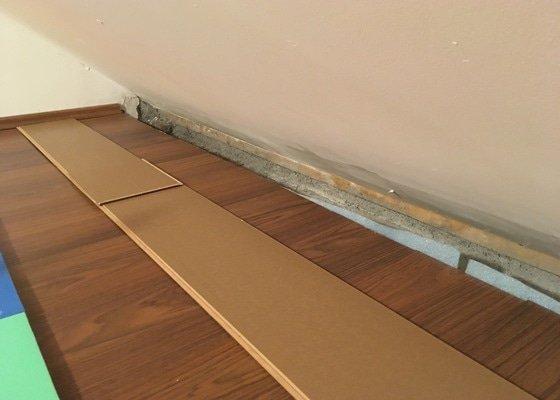 Konzultace - zateplení zdi a podlahy pokoje