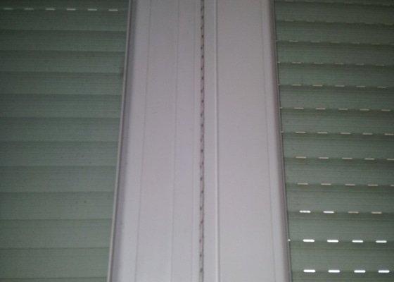 Oprava pretrzeneho lanka u rolety