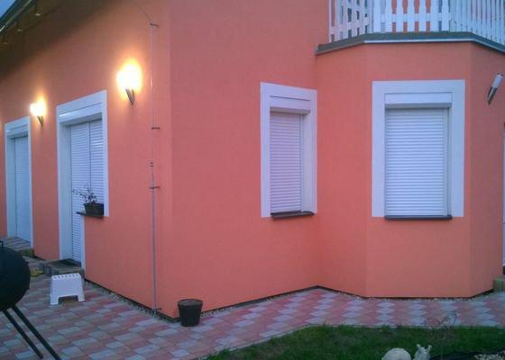 Žaluzie na střešní okna+venkovní rolety do oken a balkónových dveří