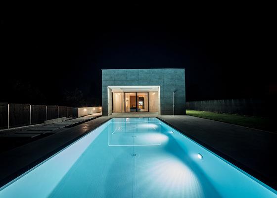 Fóliový bazén s přelivem a slanou vodou