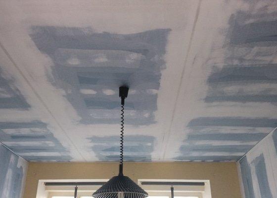Odhlučnění dvou stěn a dvou stropů