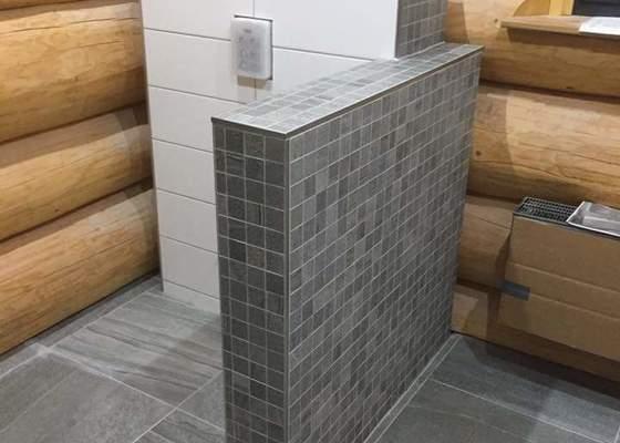 Koupelna ve srubu