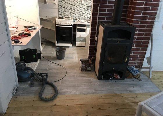 Rekonstrukce koupelny a dlažba v kuchyni