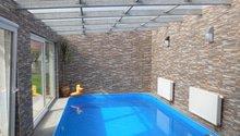 Bazén Lány s technickou místností a saunou