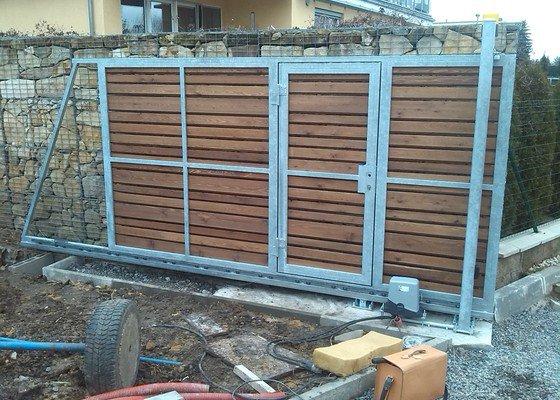 Zhotovení pojezdové brány