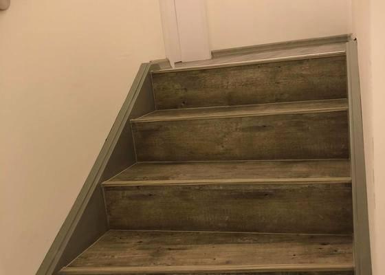 Pokládka vinylu na schody