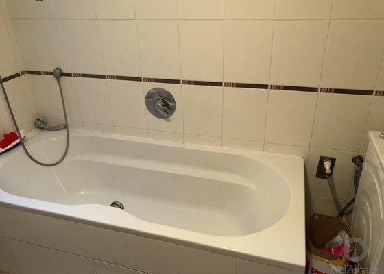 Výměna hlavního uzávěru vody od bytu, výměna prasklé trubky od teplé vody