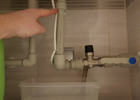 Tekouci privod vody k bojleru