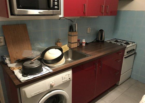 Drobné opravy v bytě, rekonstrukce kuchyně, výmalba