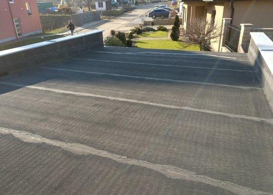 Výměna střešní krytiny ploché střechy garáže