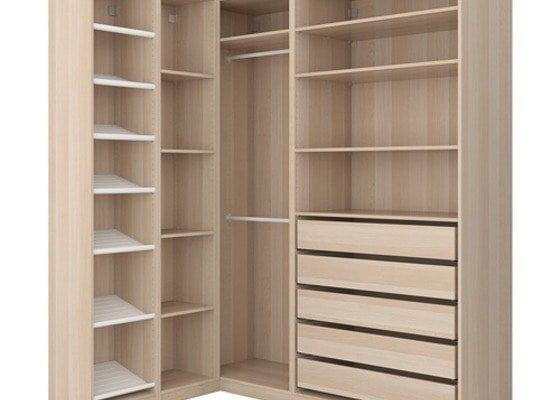Rohová šatní skříň