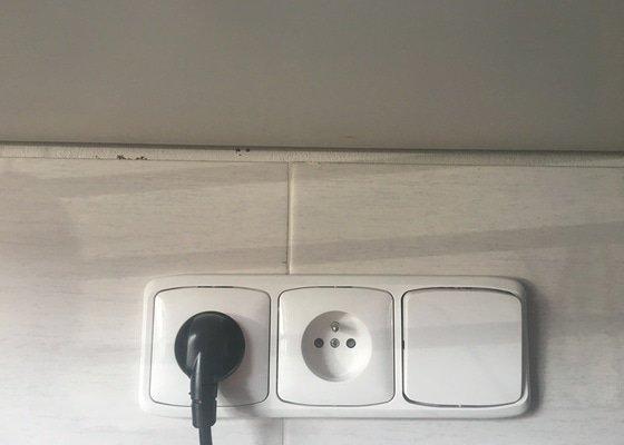 Světla pod kuchyňskou linku