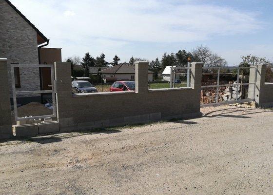 Zhotovení / montáž pojezdové brány na auto
