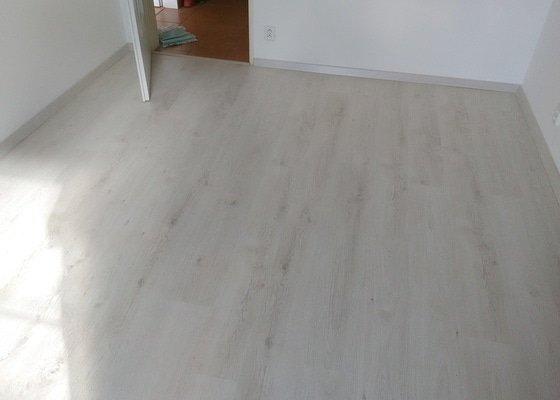 Pokládka laminátové podlahy
