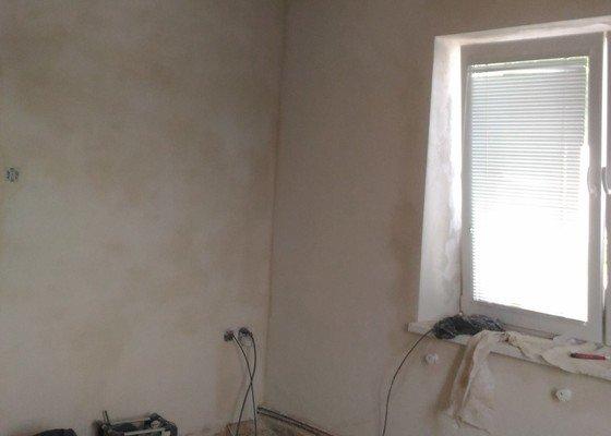 Štuku na stěny a stropy 3 místností.