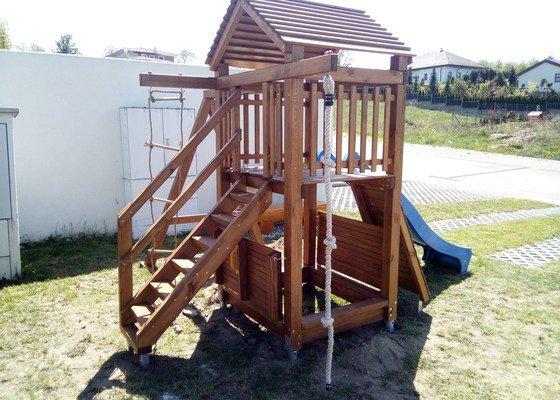 Dětské hřiště - stavba