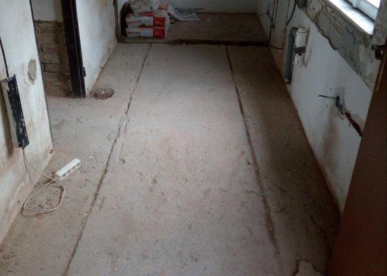 Vyrovnání a příprava podlahy