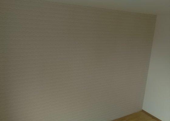 Vytapetování stěny cca 12 m2