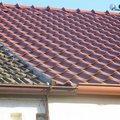 Ideálně použít stejnou krytinu jako na sousední střeše.