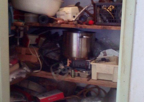 Odvoz a likvidace starého nábytku, vyklizení špajzu.