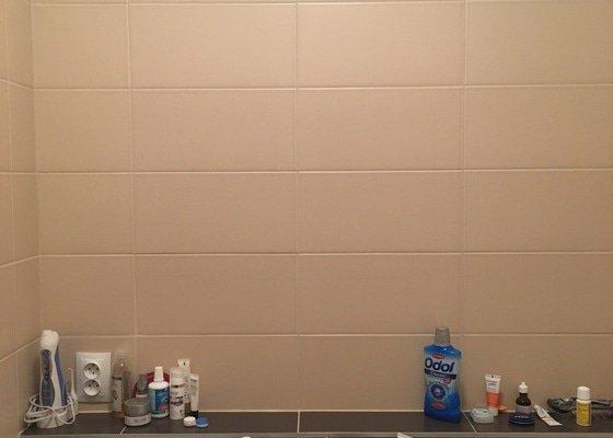 Zavěšení zrcadla + přidělání světla v koupelně